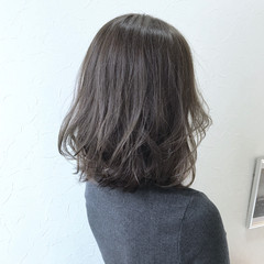 簡単ヘアアレンジ ミディアム ヘアアレンジ ウェーブ ヘアスタイルや髪型の写真・画像