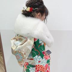 ナチュラル ヘアアレンジ セミロング 成人式ヘア ヘアスタイルや髪型の写真・画像