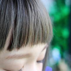 ストリート ボブ ワイドバング オン眉 ヘアスタイルや髪型の写真・画像