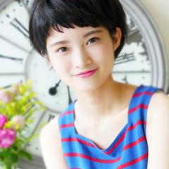 かっこいい 大人女子 ショート ストリート ヘアスタイルや髪型の写真・画像
