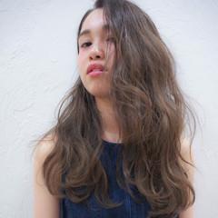 かき上げ前髪 モード イルミナカラー グラデーションカラー ヘアスタイルや髪型の写真・画像