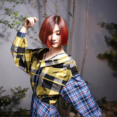 ガーリー 大人女子 レッド 切りっぱなし ヘアスタイルや髪型の写真・画像