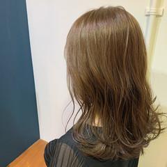 透明感カラー ベージュ ロング グレージュ ヘアスタイルや髪型の写真・画像