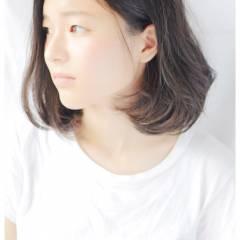 セミロング パンク ナチュラル 丸顔 ヘアスタイルや髪型の写真・画像