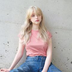 外国人風カラー ロング リラックス グレージュ ヘアスタイルや髪型の写真・画像