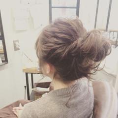 セミロング 大人かわいい お団子 ヘアアレンジ ヘアスタイルや髪型の写真・画像