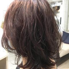 デジタルパーマ 透明感 抜け感 ミディアム ヘアスタイルや髪型の写真・画像