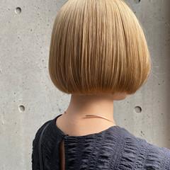 ミニボブ ハイトーンカラー ボブ ショートボブ ヘアスタイルや髪型の写真・画像