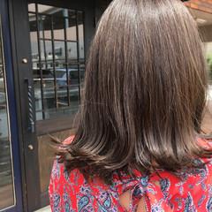 外国人風 イルミナカラー ハイライト ミディアム ヘアスタイルや髪型の写真・画像