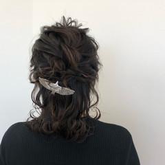 外国人風 編み込み 上品 エレガント ヘアスタイルや髪型の写真・画像