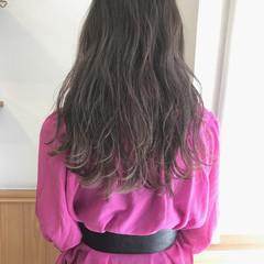 透明感 ロング アッシュ ナチュラル ヘアスタイルや髪型の写真・画像