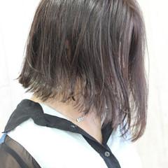 ヘアアレンジ ボブ フェミニン オフィス ヘアスタイルや髪型の写真・画像