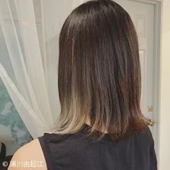 艶髪 デート インナーカラー ヘアアレンジ ヘアスタイルや髪型の写真・画像