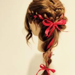 ねじり ヘアアレンジ 三つ編み ヘアスタイルや髪型の写真・画像
