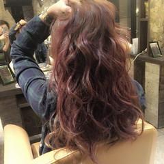レッド 前髪あり ストリート ロング ヘアスタイルや髪型の写真・画像