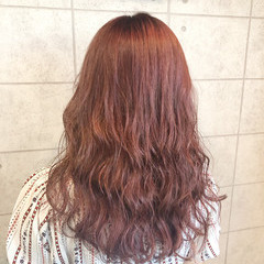 ラベンダーピンク クリーミーカラー セミロング ピンクラベンダー ヘアスタイルや髪型の写真・画像