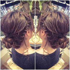シニヨン 編み込み ウェーブ フィッシュボーン ヘアスタイルや髪型の写真・画像