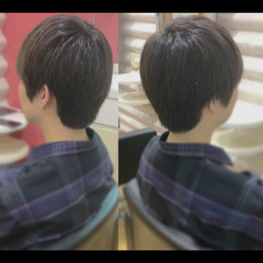 ナチュラル メンズスタイル メンズヘア メンズカット ヘアスタイルや髪型の写真・画像