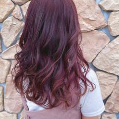 フェミニン セミロング ピンクバイオレット デザインカラー ヘアスタイルや髪型の写真・画像