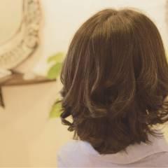 パーマ コンサバ ナチュラル 大人かわいい ヘアスタイルや髪型の写真・画像