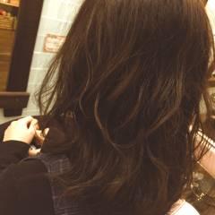 パーマ 愛され ミディアム モテ髪 ヘアスタイルや髪型の写真・画像
