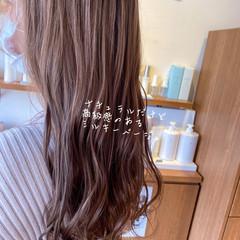 ハイライト 透明感カラー ピンクベージュ ピンクアッシュ ヘアスタイルや髪型の写真・画像