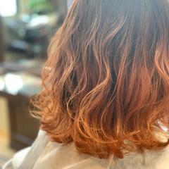 フェミニン グラデーションカラー ミディアム ゆるふわ ヘアスタイルや髪型の写真・画像