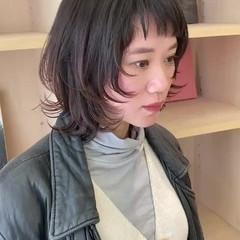 ミディアム モード デート ウルフカット ヘアスタイルや髪型の写真・画像