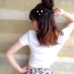 夏 ロング インナーカラー ハーフアップ ヘアスタイルや髪型の写真・画像