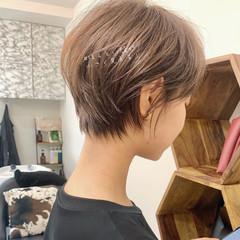 ウルフカット ショートボブ ショート 切りっぱなしボブ ヘアスタイルや髪型の写真・画像
