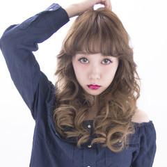 大人女子 パーマ 外国人風 かっこいい ヘアスタイルや髪型の写真・画像