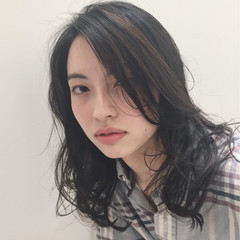 秋 抜け感 冬 ミディアム ヘアスタイルや髪型の写真・画像
