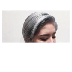 渋谷系 シルバー アッシュ モード ヘアスタイルや髪型の写真・画像