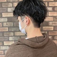 メンズパーマ ナチュラル メンズショート ショート ヘアスタイルや髪型の写真・画像
