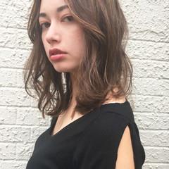 ナチュラル セミロング アンニュイほつれヘア 女子力 ヘアスタイルや髪型の写真・画像