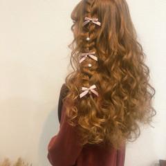 フェミニン 編み込みヘア ハーフアップ ロング ヘアスタイルや髪型の写真・画像