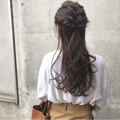 ハーフアップ エレガント お出かけヘア ロング ヘアスタイルや髪型の写真・画像