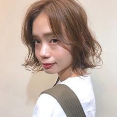 グレージュ 外ハネボブ ミルクティーグレージュ アッシュベージュ ヘアスタイルや髪型の写真・画像