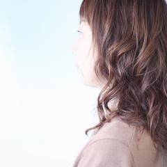 無造作パーマ ワンカールパーマ パーマ セミロング ヘアスタイルや髪型の写真・画像