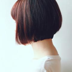 ショートボブ 小顔 ショート グレージュ ヘアスタイルや髪型の写真・画像