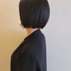 ボブ 切りっぱなしボブ モード ミニボブ ヘアスタイルや髪型の写真・画像
