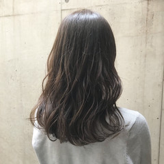 オフィス ナチュラル セミロング 女子力 ヘアスタイルや髪型の写真・画像