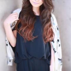 グラデーションカラー 外国人風 フェミニン ロング ヘアスタイルや髪型の写真・画像
