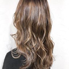 ハイトーン ブリーチオンカラー ハイライト ハイトーンカラー ヘアスタイルや髪型の写真・画像
