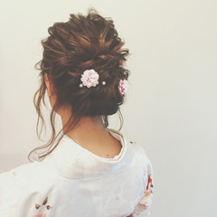 ヘアアレンジ 謝恩会 ゆるふわ ショート ヘアスタイルや髪型の写真・画像