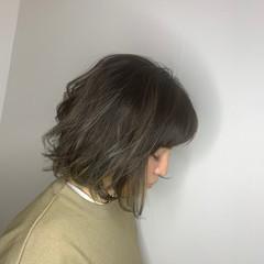 アウトドア スポーツ ゆるふわ パーマ ヘアスタイルや髪型の写真・画像