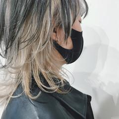 モード ミディアムレイヤー ハイトーンカラー インナーカラー ヘアスタイルや髪型の写真・画像