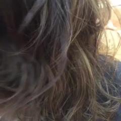 バレイヤージュ ハイライト ロング 暗髪 ヘアスタイルや髪型の写真・画像