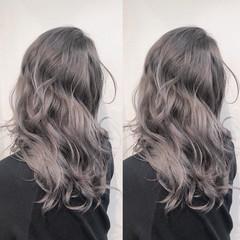 インナーカラー ナチュラル バレイヤージュ ミディアム ヘアスタイルや髪型の写真・画像