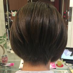 大人女子 オフィス 冬 ボブ ヘアスタイルや髪型の写真・画像
